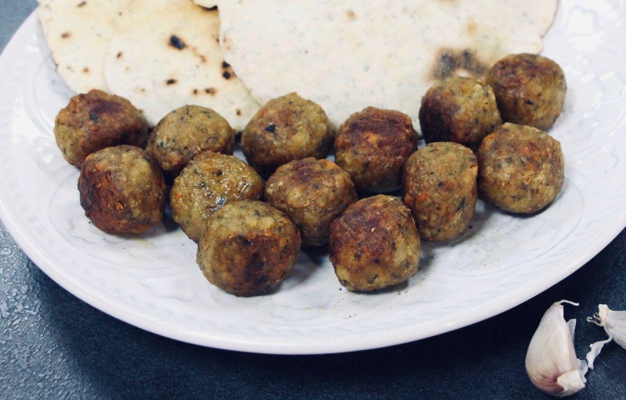 Zanimive bližnjevzhodne kroglice ali falafel v ponvi
