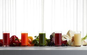 Sok brez pene, nezaželenih koščkov sadja in hitre oksidacije